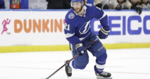 NHL playoffs: Tampa Bay Lightning beat Dallas Stars to win Stanley Cup