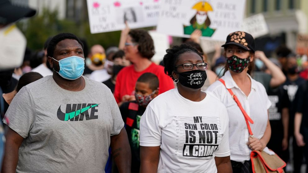 """Breonna Taylor protesters march anew: """"No justice, No peace"""""""