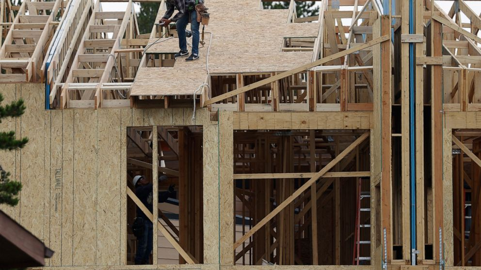 US home construction falls 5.1% in August after gains