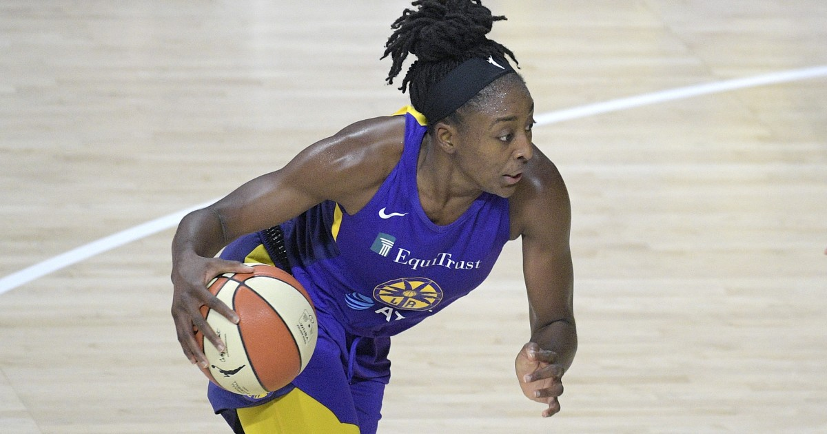 Nneka Ogwumike, Candace Parker help Sparks hand Liberty fifth straight loss