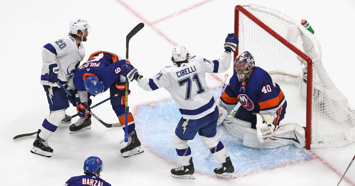 Lightning beat Islanders in overtime to advance to Stanley Cup Final