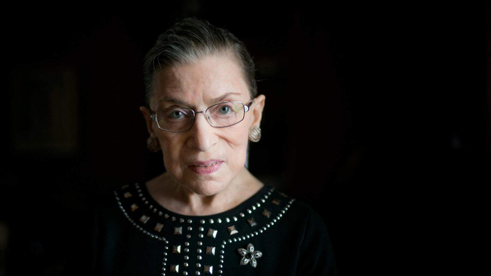 Ruth Bader Ginsburg Live Updates: As the Country Mourns, a Frenzy of Political Maneuvering Begins