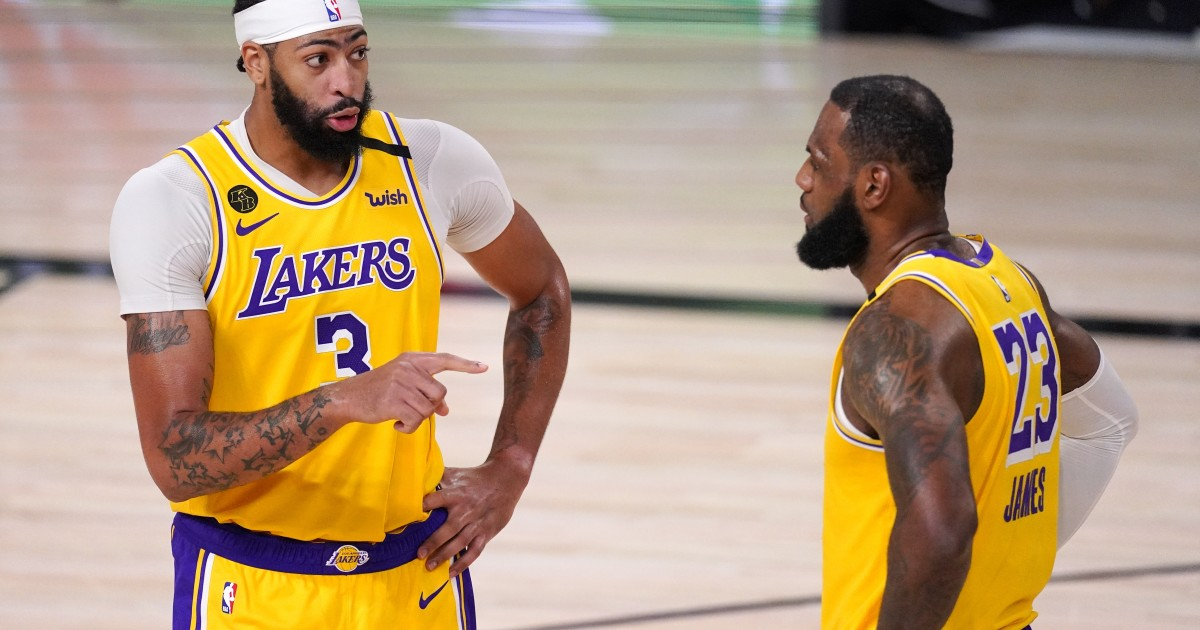 Plaschke: Lakers' NBA title hopes all about Anthony Davis, not an aging LeBron