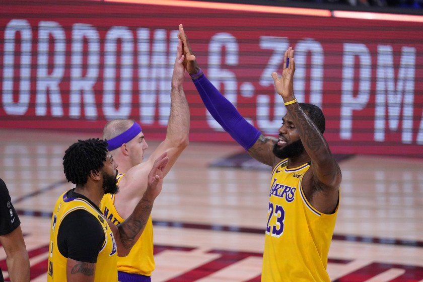 Lakers hold off late surge by Rockets to win and take commanding series lead