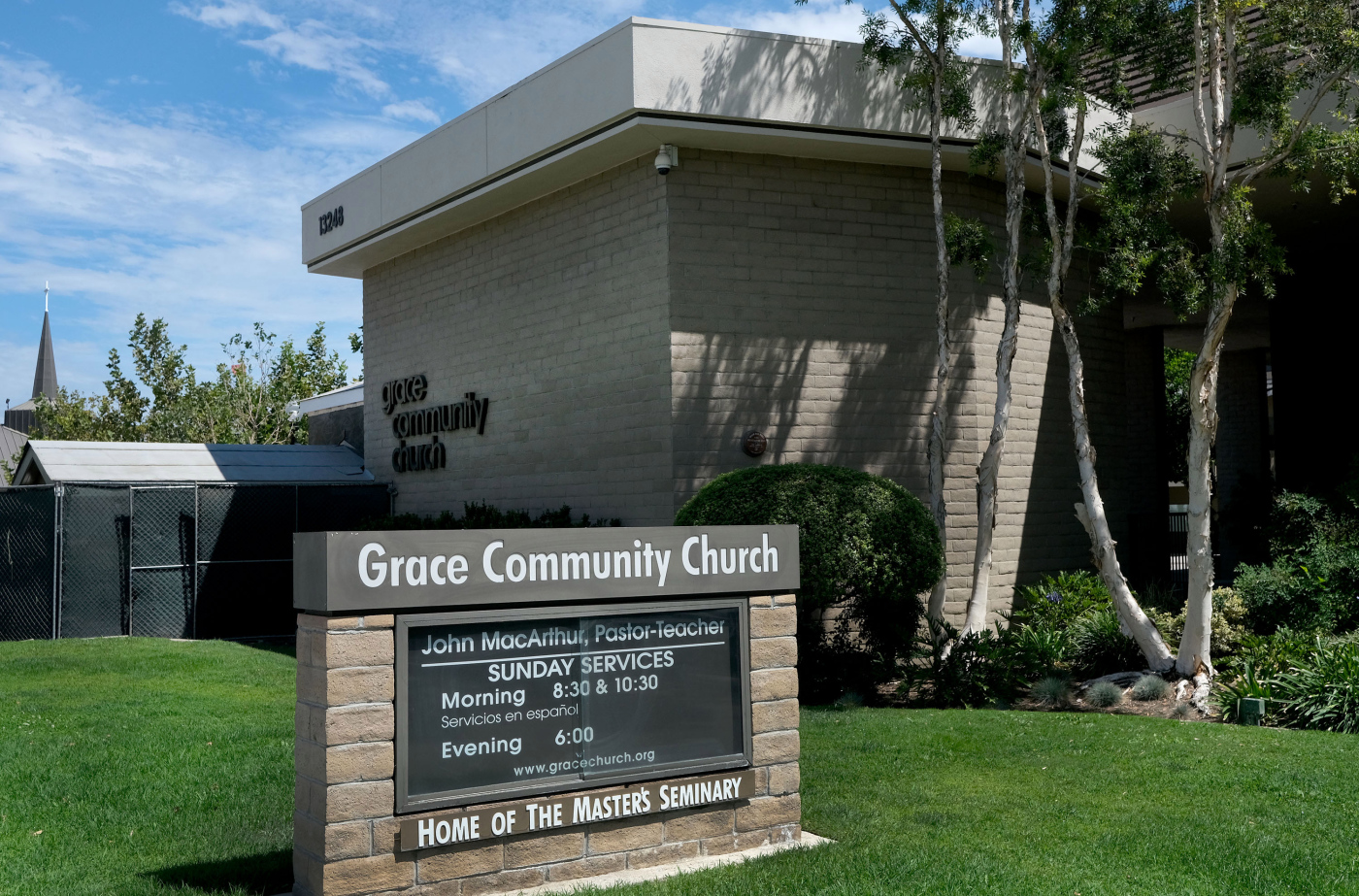 San Fernando Valley church, L.A. County square off in court over indoor ban