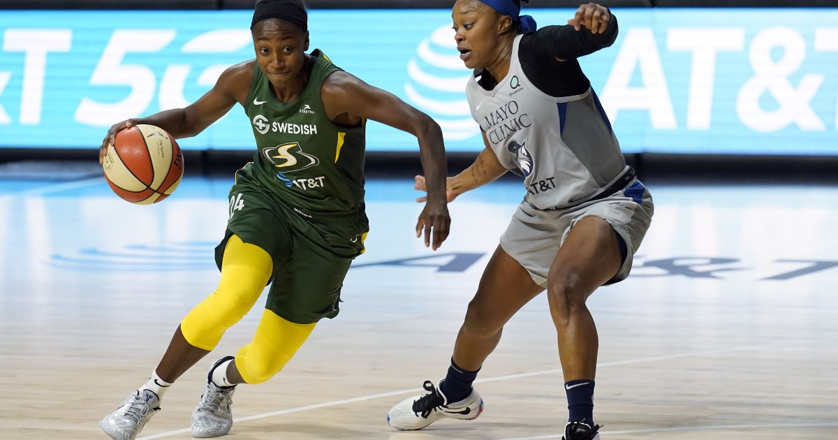 WNBA playoffs: Storm beat Lynx for 2-0 series lead