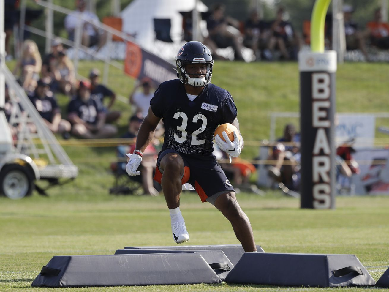 Bears' roster deadline cuts reveal their thinking at RB, CB, K