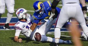 Rams' 35-32 road loss to Buffalo Bills by the numbers