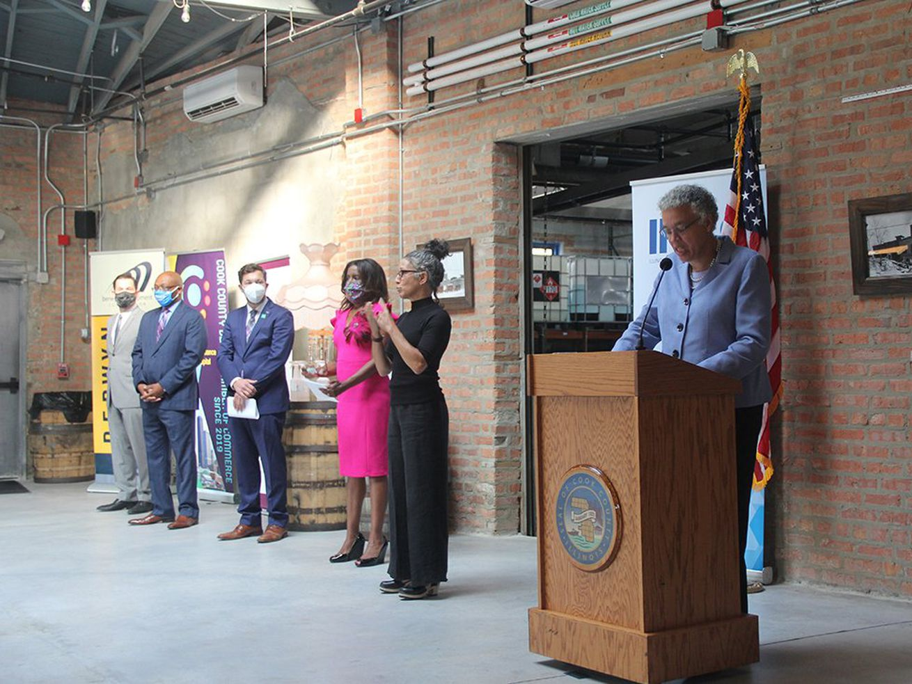 Cook County commissioner tests positive for COVID-19: 'Feeling well with very little symptoms'