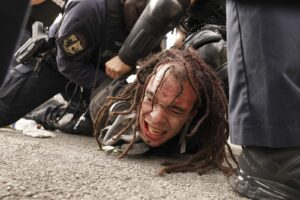 Police order Breonna Taylor protesters to disperse