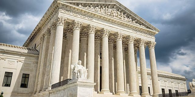 Supreme Court's first week without Ginsburg includes coronavirus, 'Remain in Mexico,' revenge porn cases
