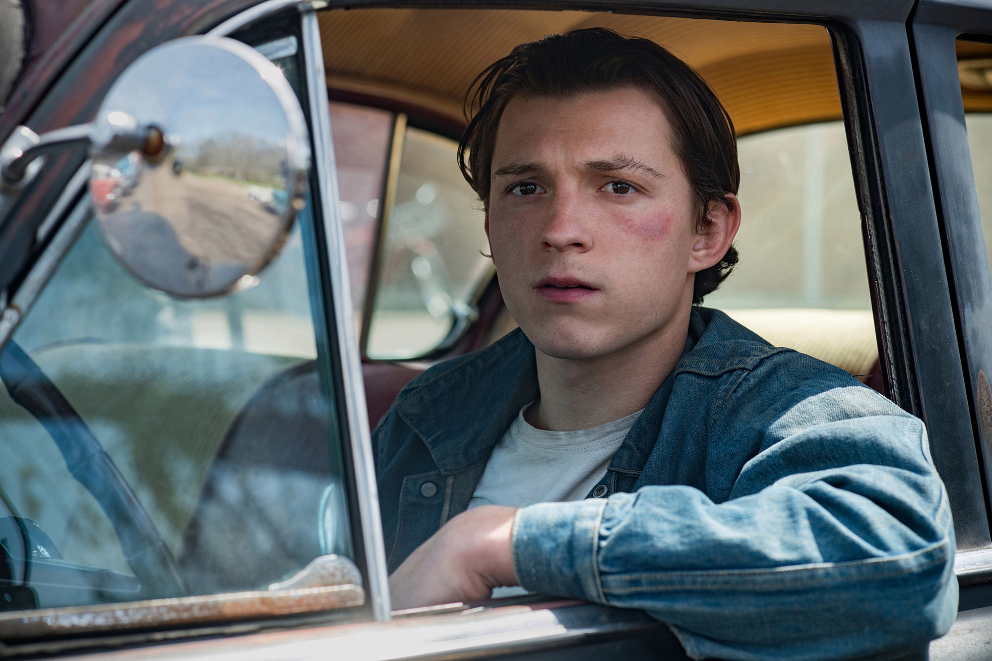 'Devil All The Time' review: Tom Holland, Robert Pattinson give Netflix hell