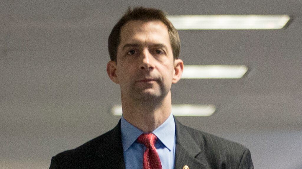Sen. Tom Cotton launches 'Supreme Court War Room' to defend Trump's nominee