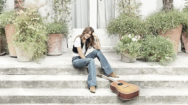 Carla Bruni's New Song 'Un Grand Amour' Celebrates The Types Of Love That 'Makes You Fly'
