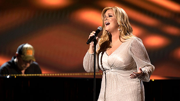 Trisha Yearwood Honors Late Country Stars With Rendition Of 'I'll Carry You Home' For ACMs In Memoriam