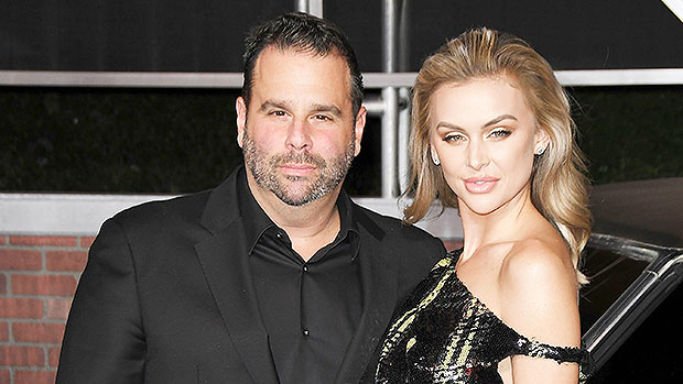 LaLa Kent & Randall Emmett Find Out Their Having A Girl By Parachute At Crazy Gender Reveal Party