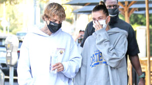 Justin Bieber & Hailey Baldwin Cozy Up In LA During Romantic Breakfast Date After 2-Year Anniversary