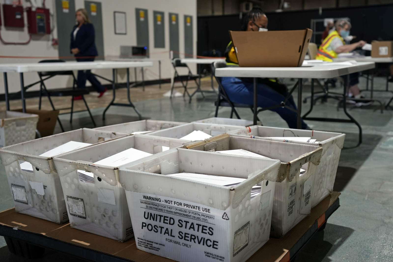 Witness mandate vex some new mail-in voters in key states