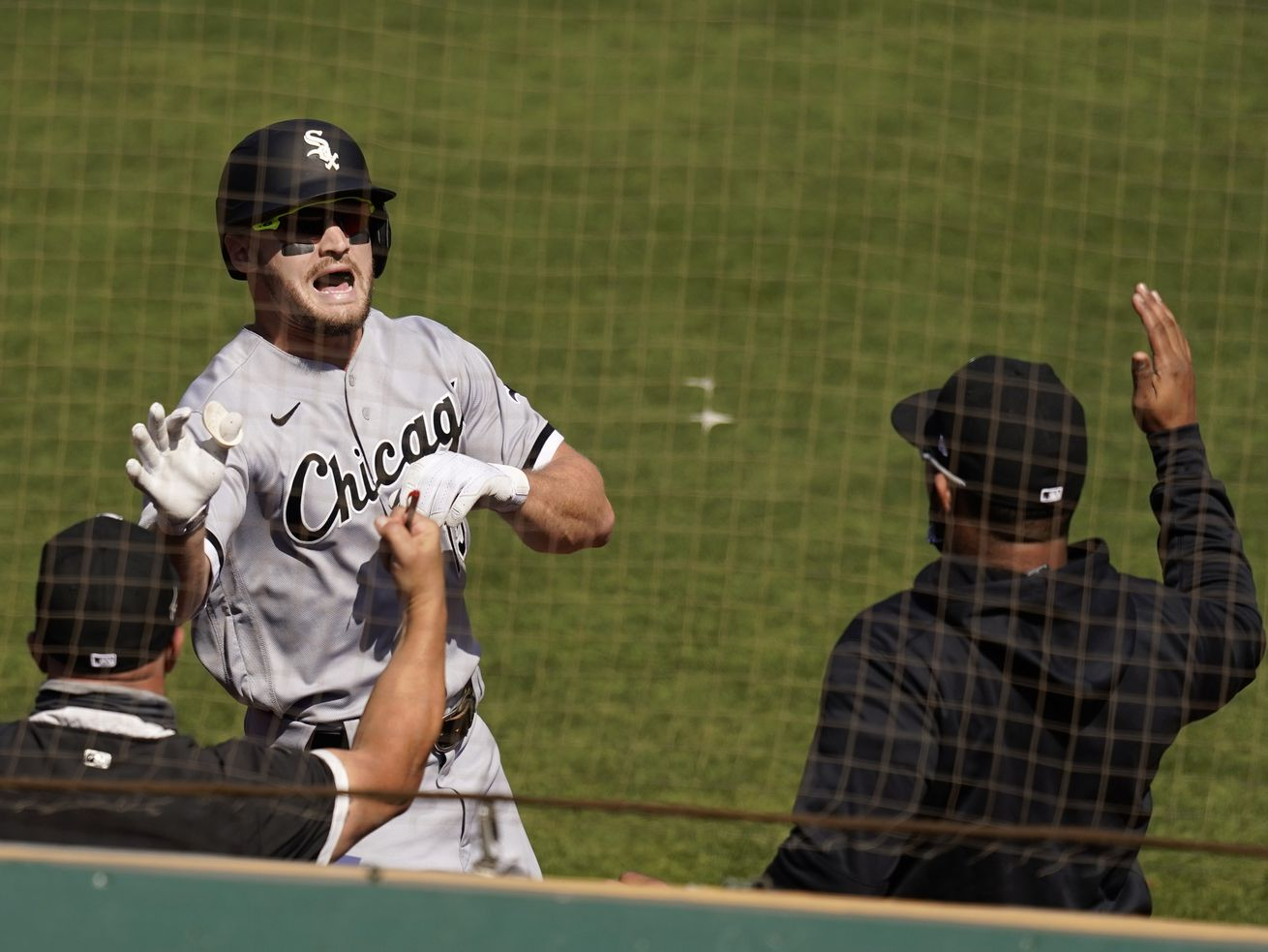 Adam Engel gets White Sox postseason off and trotting