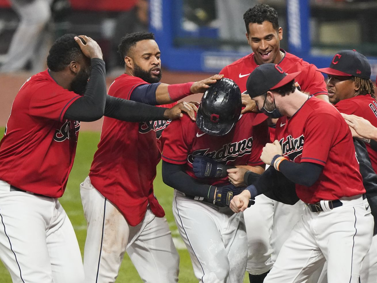 Indians walk off White Sox again