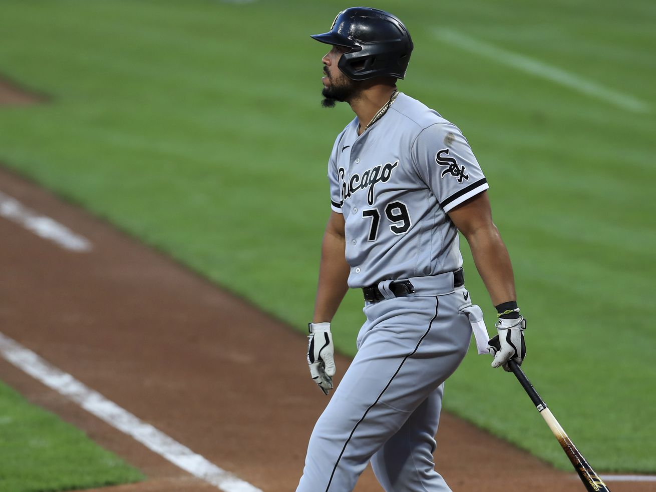 Reds jump on Stiever with long ball early, defeat White Sox 7-1