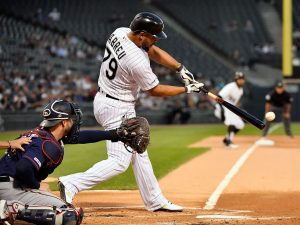 White Sox' Jose Abreu wins AL Outstanding Player Award