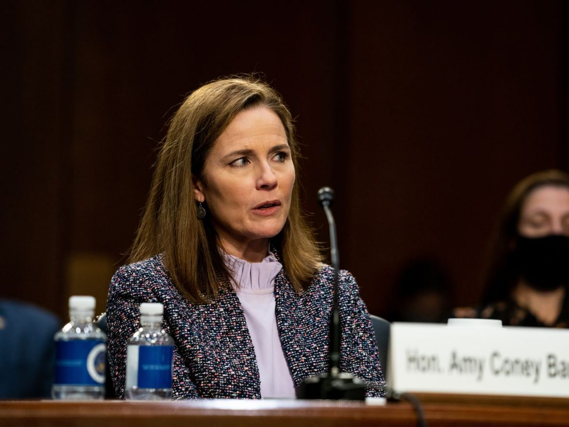 Supreme Court nominee Amy Coney Barrett grilled on Chicago, Illinois cases at Senate hearing