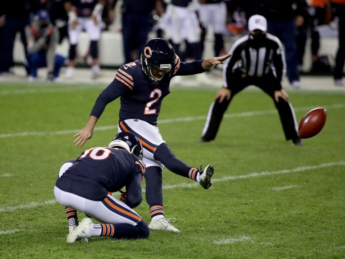 Cairo Santos boots Bears out of north end zone blues