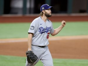 Clayton Kershaw stops steal of home, hands Dodgers 3-2 lead in World Series