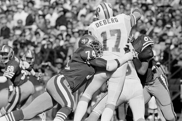 Fred Dean, Sack Specialist Who Ignited 49ers Dynasty, Dies at 68