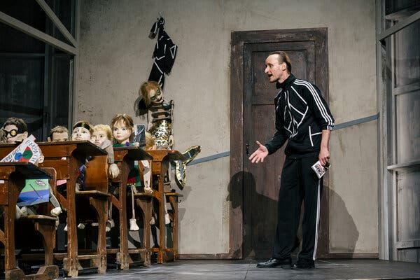 In Munich, a Theater's Ambitious New Era Starts Mid-Pandemic