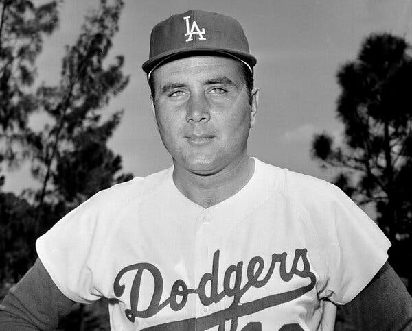 Ron Perranoski, Ace Reliever in Dodgers' Storied '60s, Dies at 84