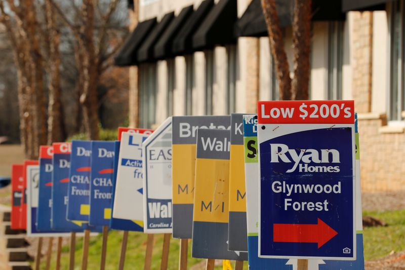 U.S. housing market heats up ahead of election but not all feel the glow