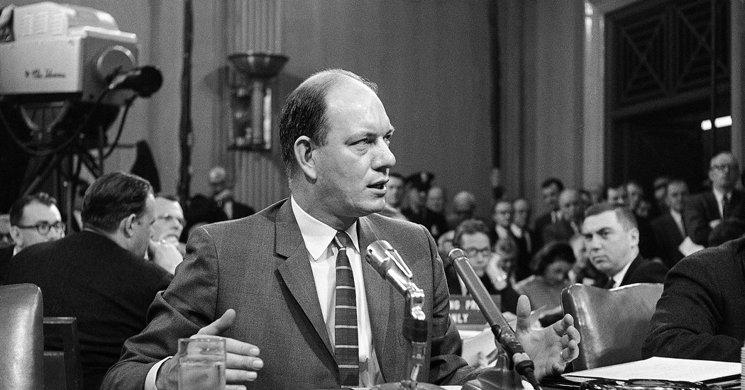 Alan S. Boyd, Nation's First Transportation Chief, Dies at 98