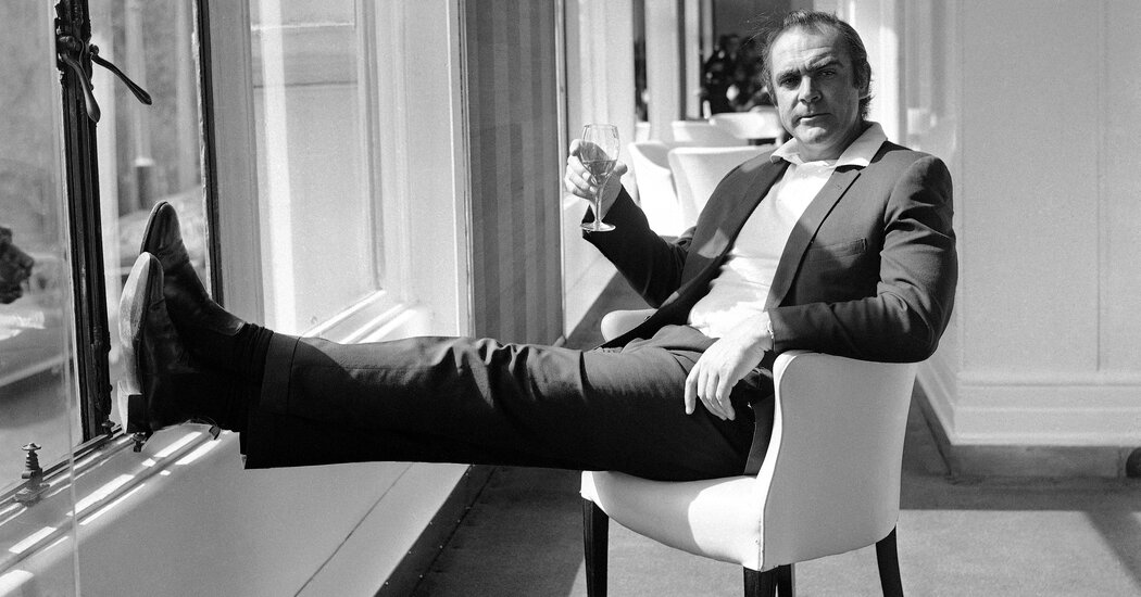James Bond Actors Say Sean Connery 'Defined an Era and a Style'