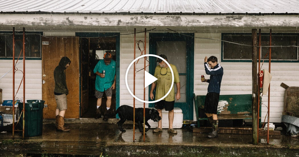 Local Officials Tell Louisiana Residents to 'Hunker Down'