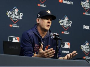 Tigers hire AJ Hinch as new manager