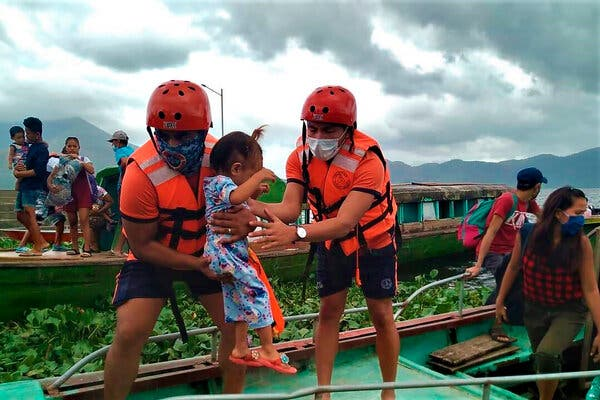 Typhoon Goni Makes Landfall in Philippines