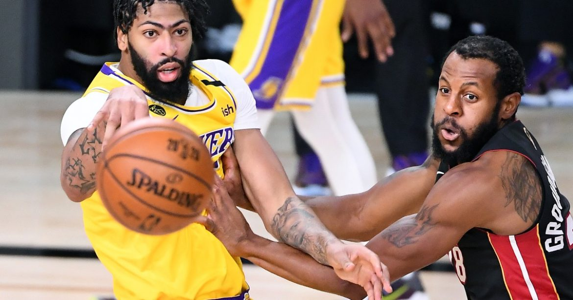 Anthony Davis is disruptive force on defense in Game 4 win