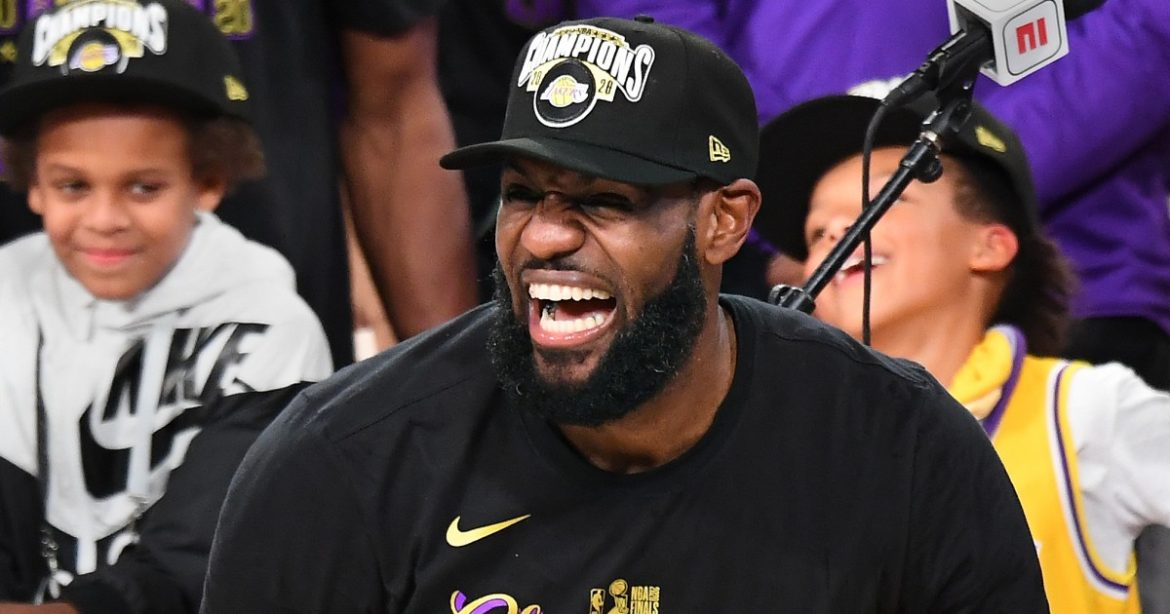 Tom Brady gives LeBron James a chance to remind us he was once called washed up