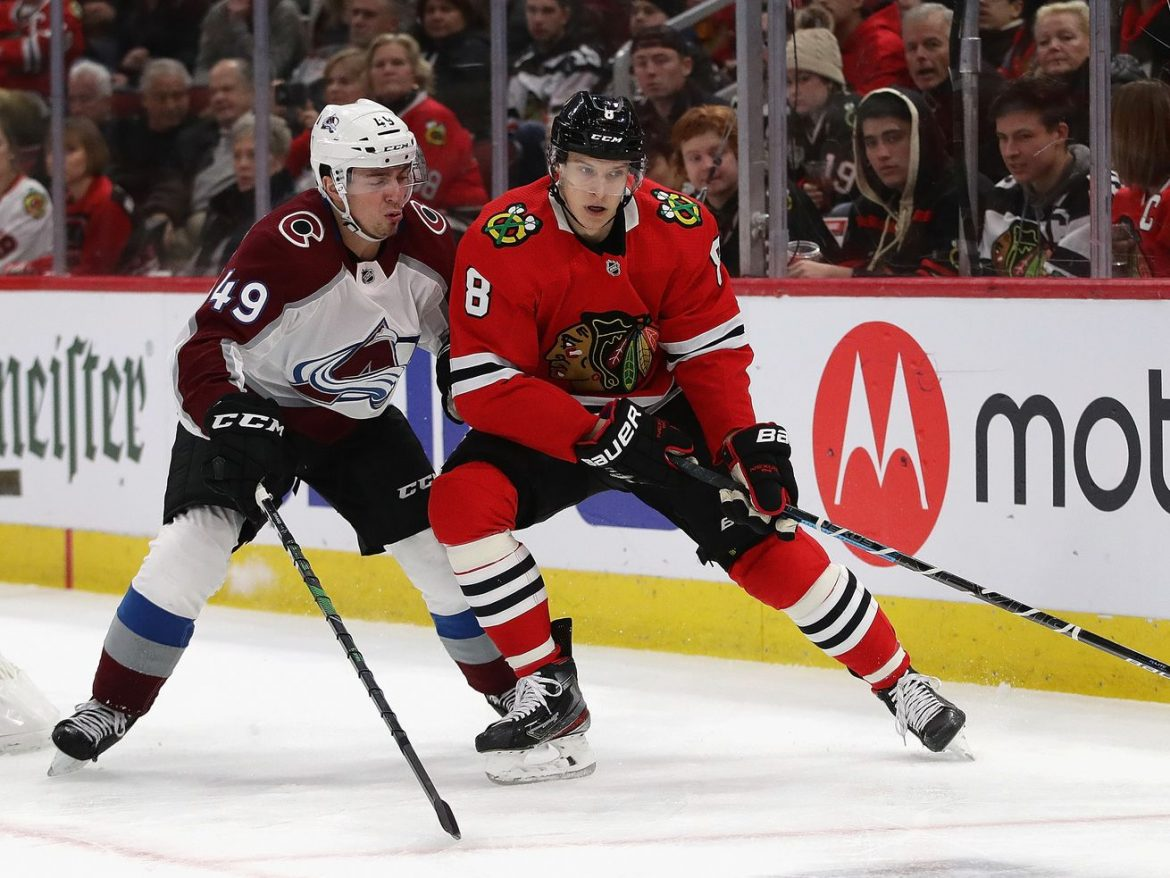 Blackhawks re-sign Dominik Kubalik, Malcolm Subban to 2-year contracts