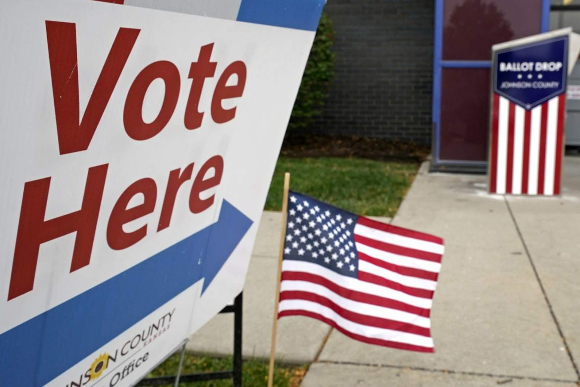 AP-NORC/USAFacts poll: Many in US distrust campaign info