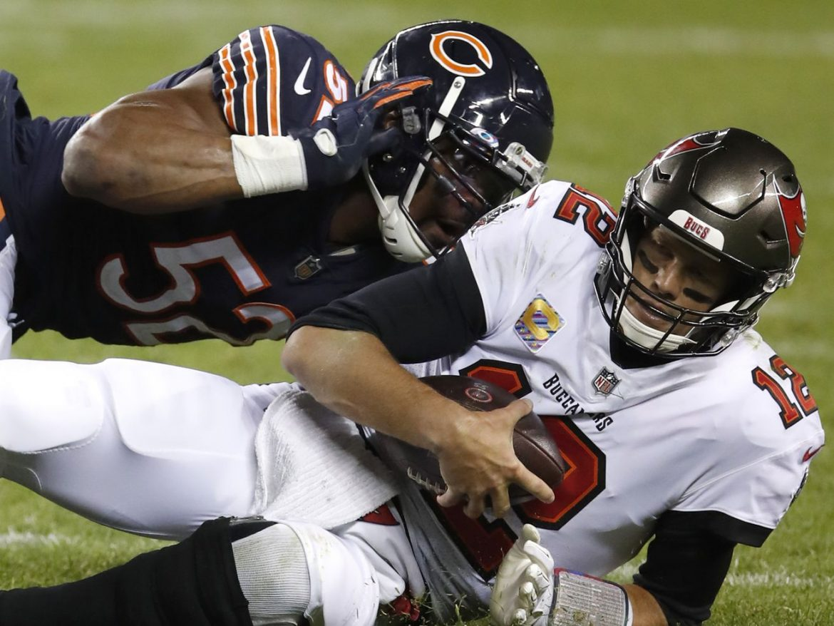 Source: NFL does not fine Bears OLB Khalil Mack for hit on Bucs QB Tom Brady
