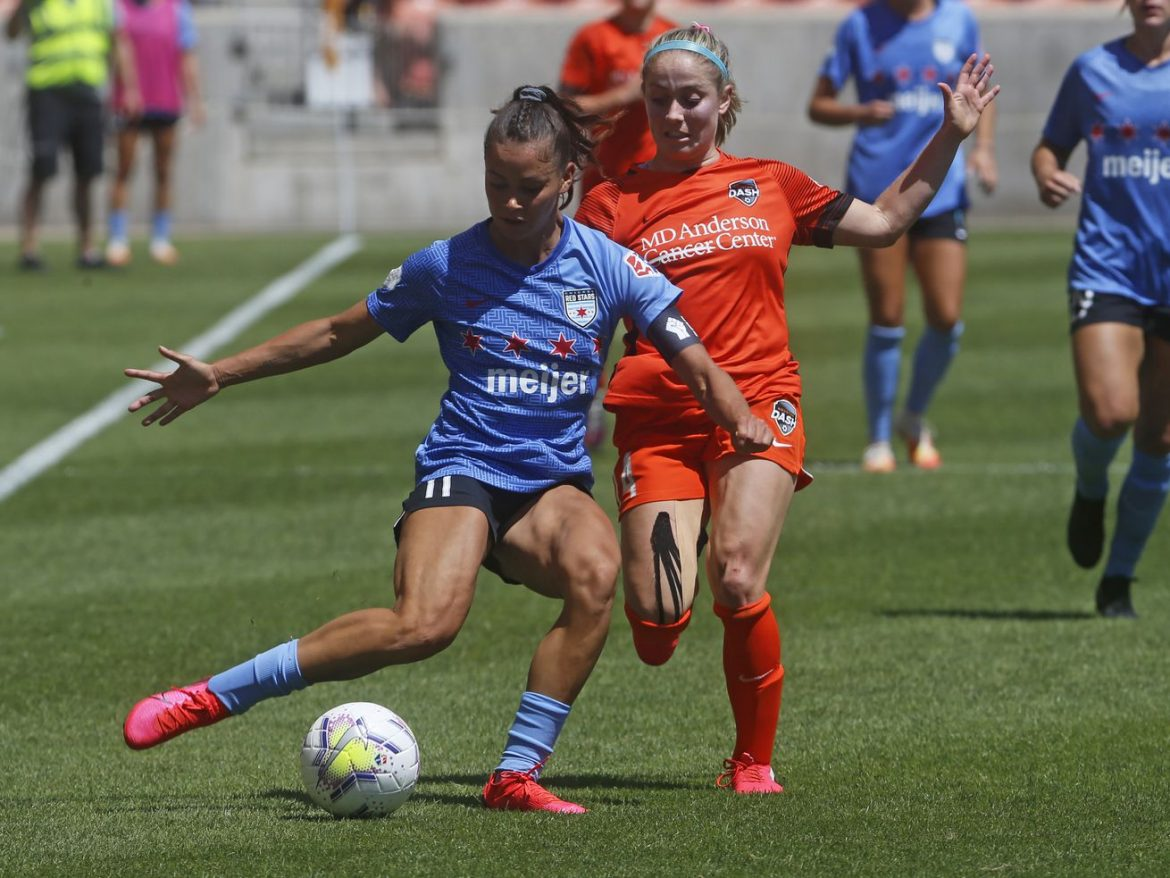 Sarah Gorden and Kealia Watt look to leave a strong impression at USWNT camp