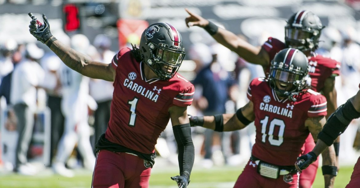 College football roundup: South Carolina upsets No. 15 Auburn