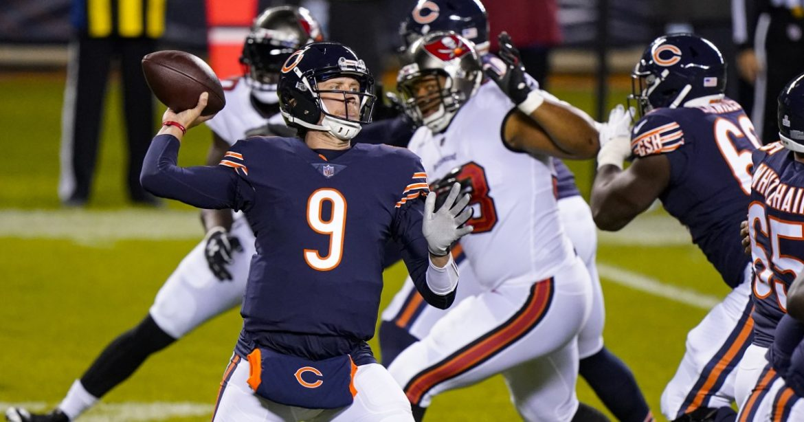 Nick Foles beats Tom Brady again as Bears squeeze by Tampa Bay
