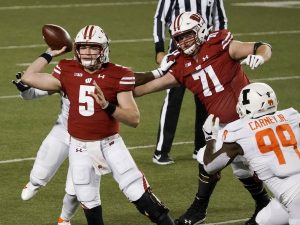 Wisconsin issues statement amid reports QB Graham Mertz tests positive