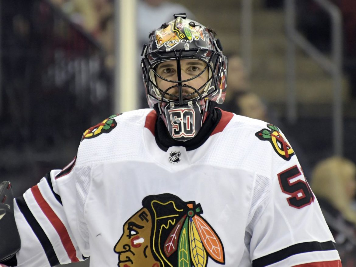 Blackhawks won't re-sign Corey Crawford, commit to rebuilding through youth