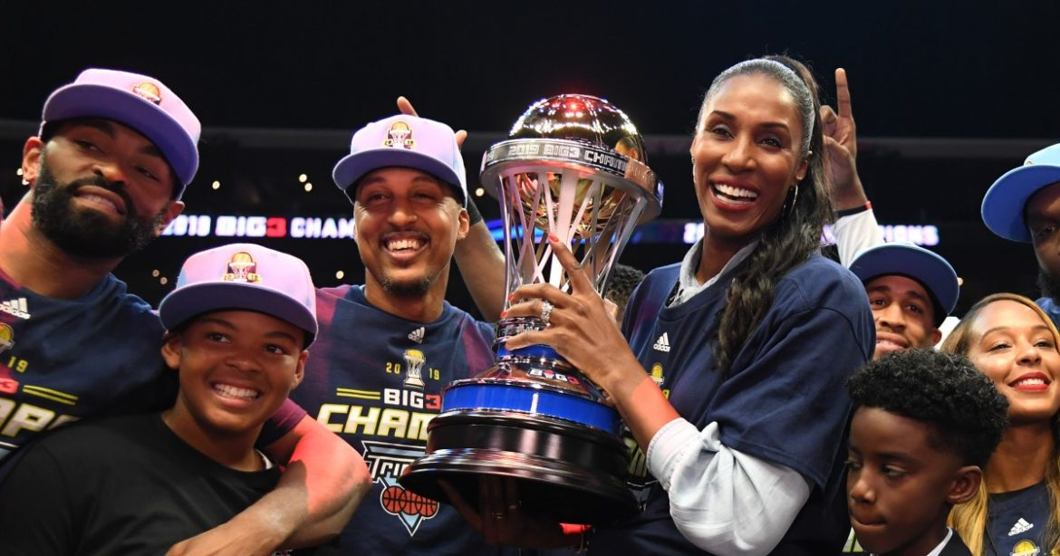 Lisa Leslie pushes hard for change, 30 years after her first encounter with inequity