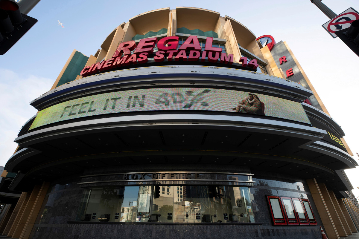 Regal owner sees stock plummet after it closes movie theaters